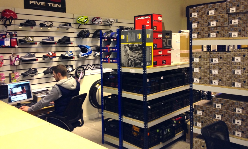 Ae7 Cycling Protection Warehouse